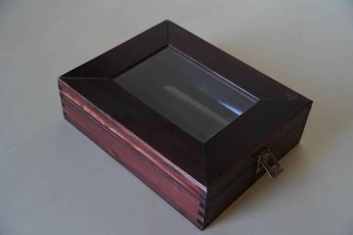 Tapa semi transparente